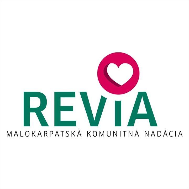 Logo 7) Nadácia Revia