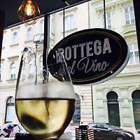 Logo 6) Bottega Del Vino Budapest Fô Utca